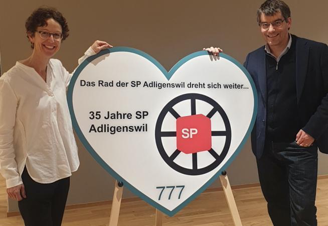 Gemeinderätin Gisela Widmer Reichlin mit Roger Nordmann